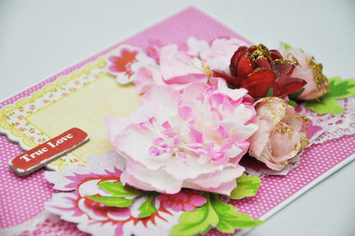 Gwen-ValentinesPinkCard-Close1
